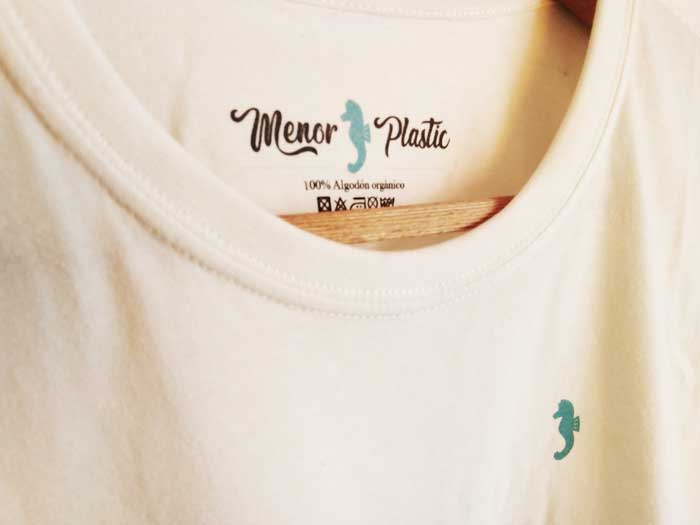 Camiseta Menor Plastic